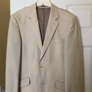Linen blazer 38R worn once. Perfect for a prom